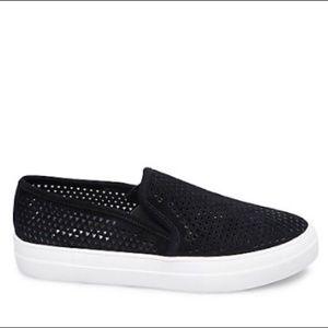 NEW Steve Madden Black Whilma Slip On Sneakers